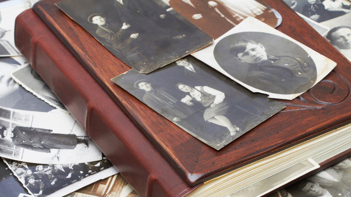 Старый фотоальбом родственники семья