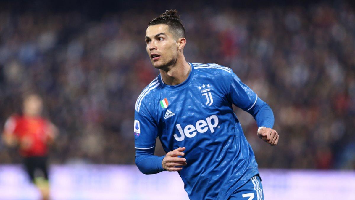 Футболист Криштиану Роналду - Cristiano Ronaldo четыре
