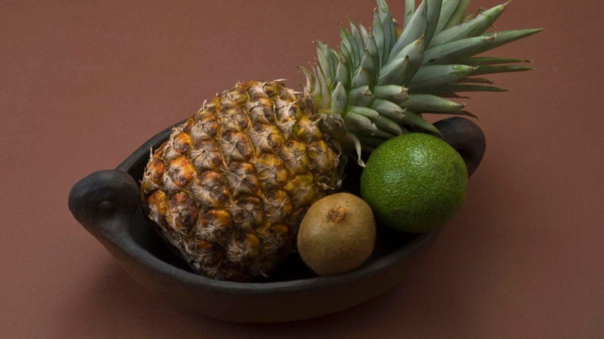 Ананас киви авокадо