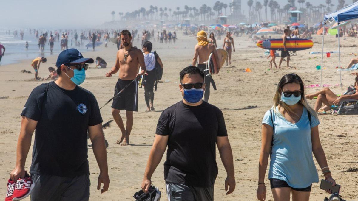 Пляж Хантингтон-Бич Калифорния США коронавирус