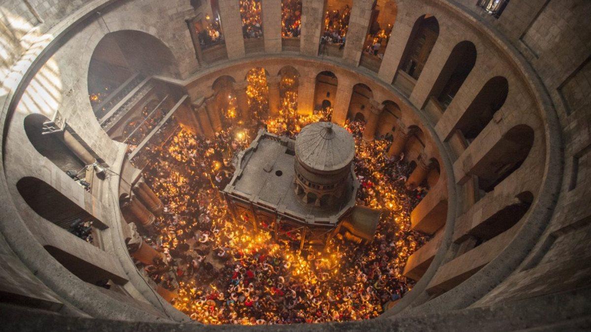 Храм Воскресения Христова - Храм Гроба Господня - Благодатный огонь