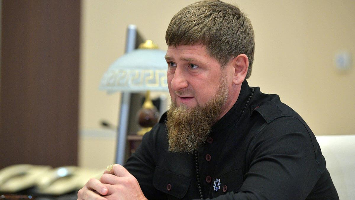 Глава Чеченской Республики Рамзан Кадыров в чёрном