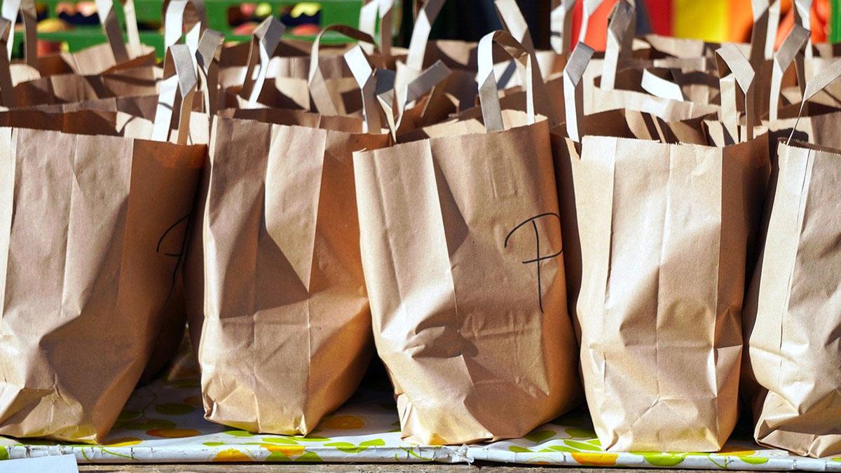 Бумажные пакеты Еда Бездомные