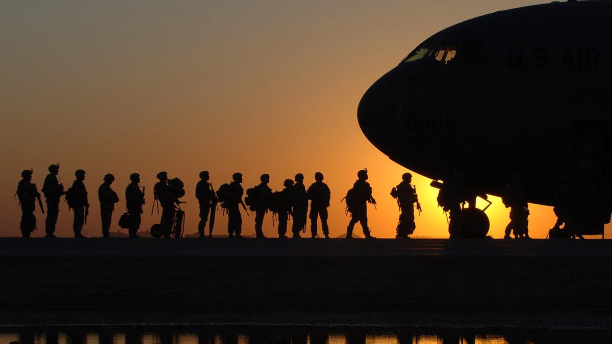 Солдаты Армия Военные