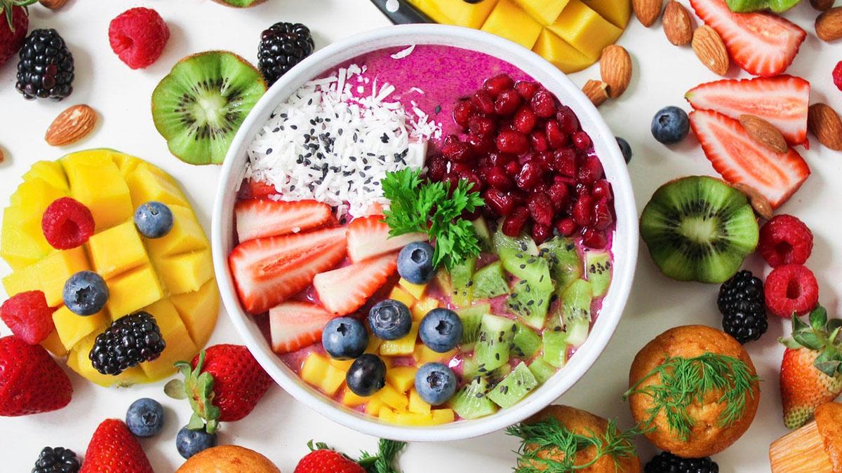 Здоровое питание Салат Фрукты Ягоды ЗОЖ ПП Завтрак