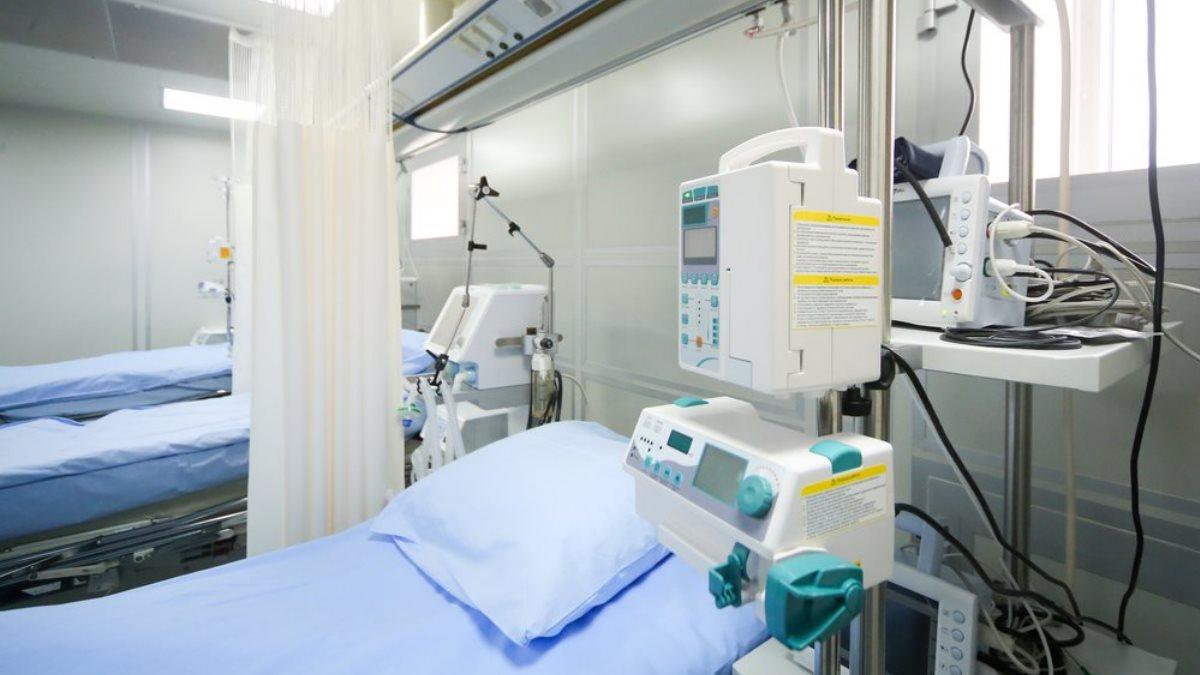 Коронавирус Больница койки медицинское оборудование аппараты ИВЛ один
