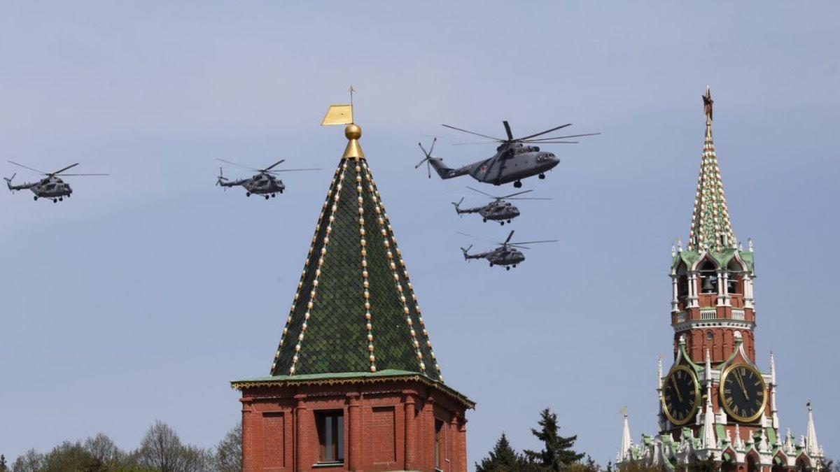 Парад День Победы авиация вертолёты