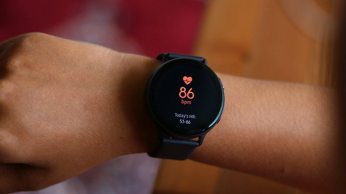 Умные часы Samsung Galaxy Watch Active 2