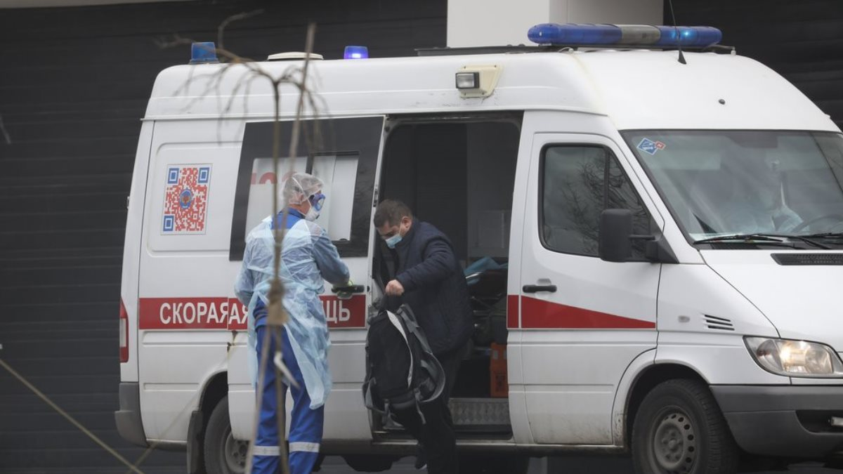 Россия Скорая помощь коронавирус Коммунарка пациент один