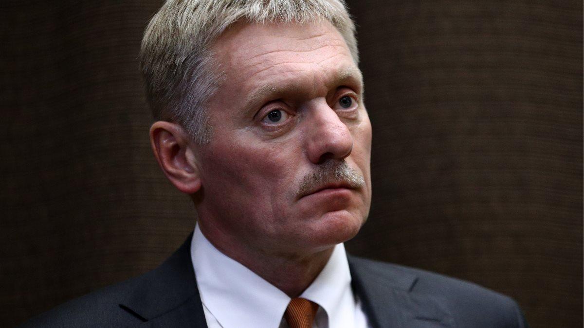 Пресс-секретарь президента России Дмитрий Песков серьёзно
