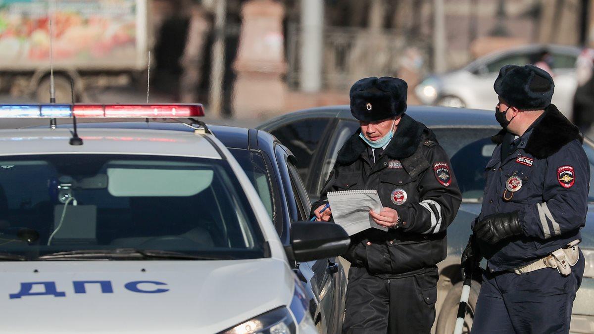 Россия полиция ДПС ГИБДД проверка документов