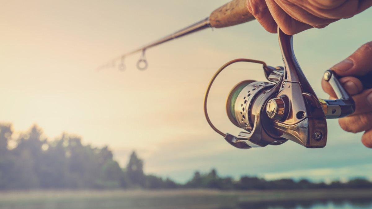 Рыбалка рыбак удочка озеро
