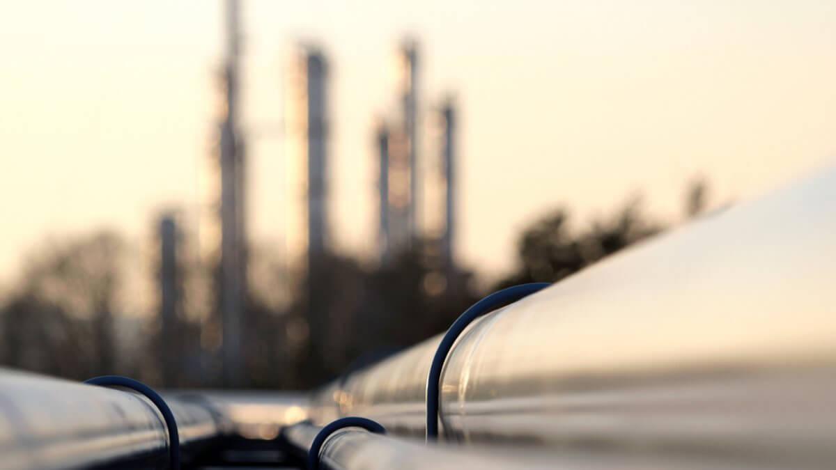 Нефтепровод нефть