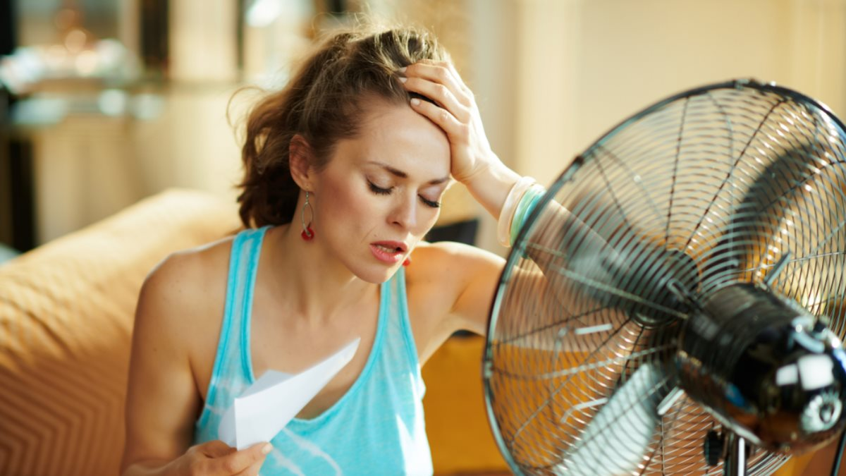 Погода жара лето вентилятор один