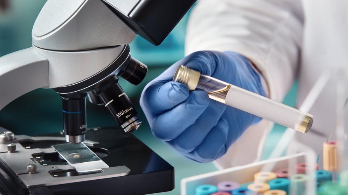 Коронавирус вакцина исследования пробирка микроскоп