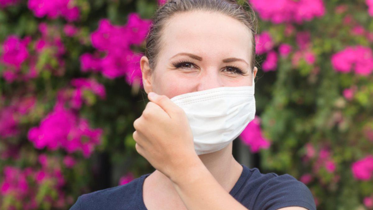 Коронавирус конец карантина окончание эпидемии медицинская маска лето