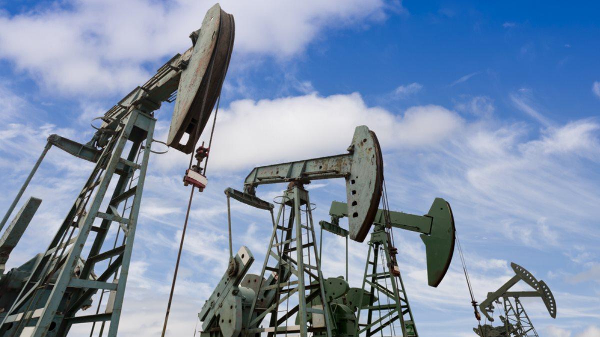 Нефть Нефтедобыча Нефтяной станок-качалка один