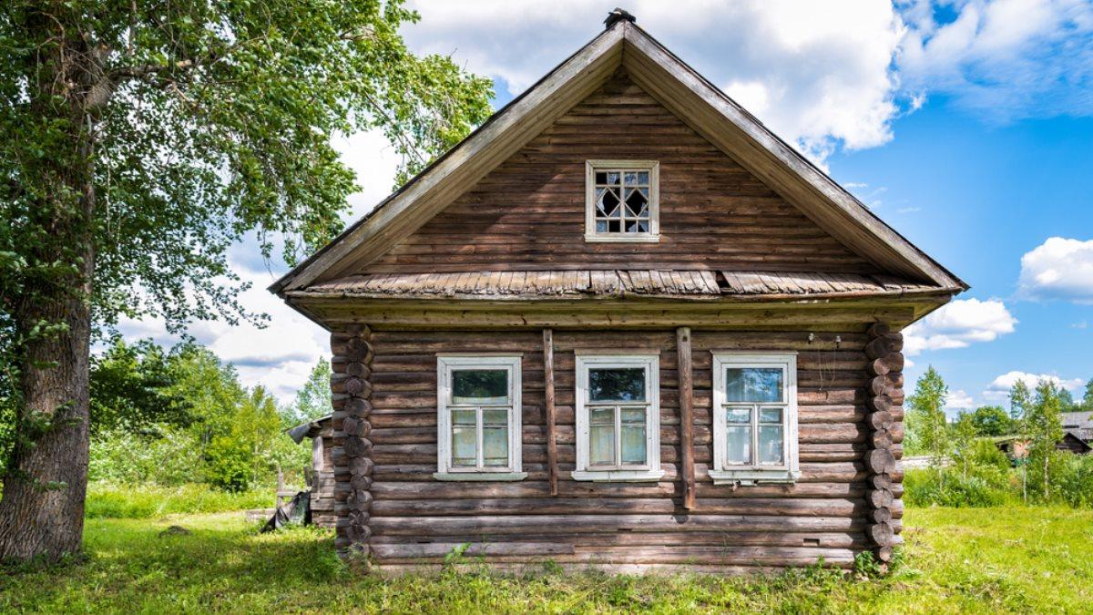 Заброшенный дом деревня