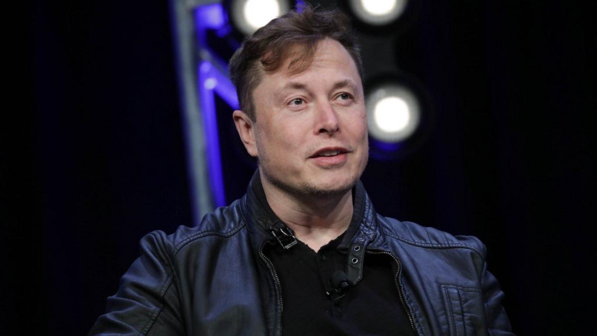 Генеральный директор Tesla Motors Илон Маск - Elon Musk тёмный фон