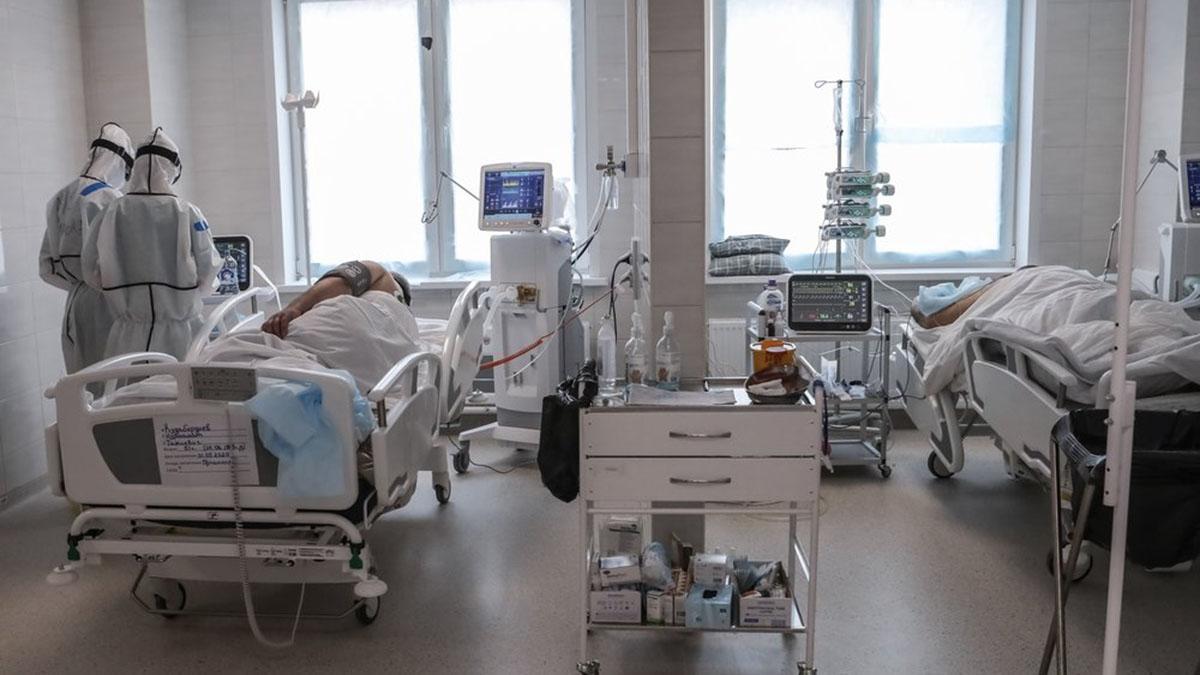 Больничная палата Больница Коронавирус Врачи Спецкостюм