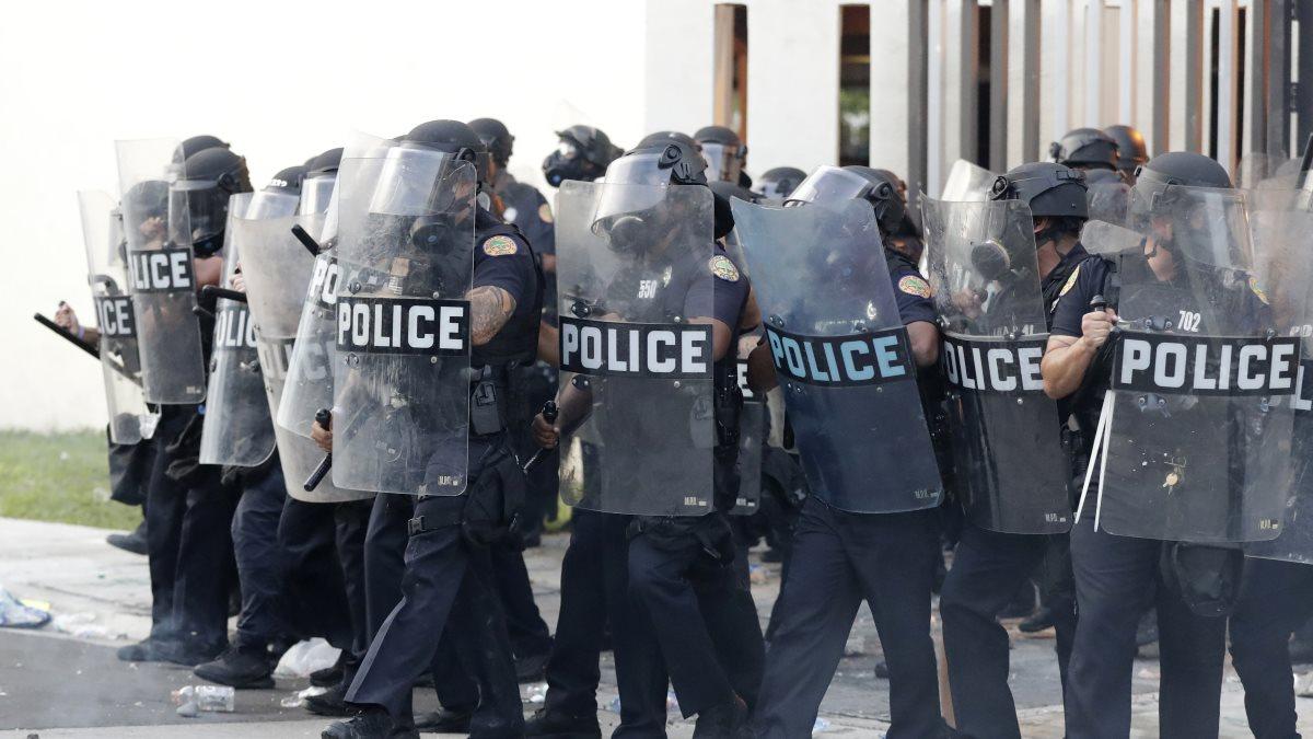 США полиция протесты