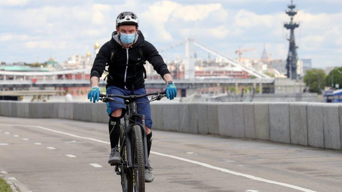 Коронавирус Улица велосипедист