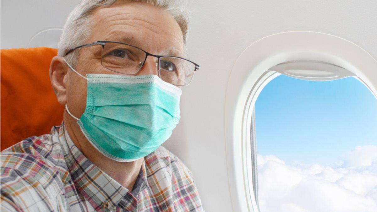 Салон самолёта борт коронавирус пассажир