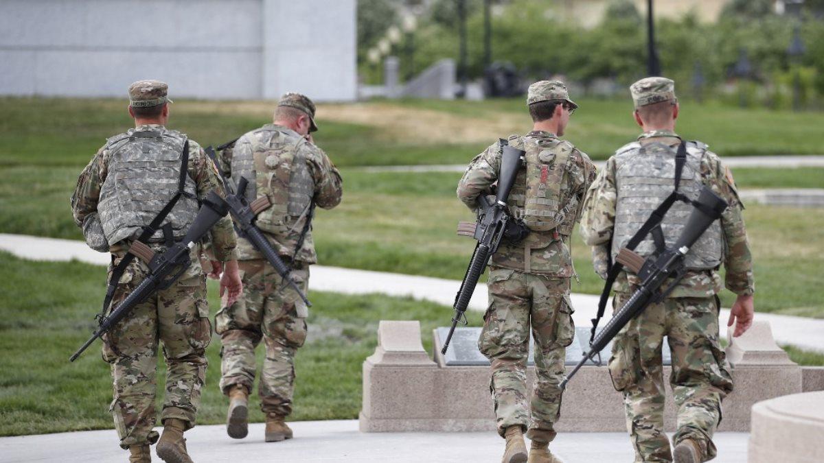Национальная гвардия США уходит