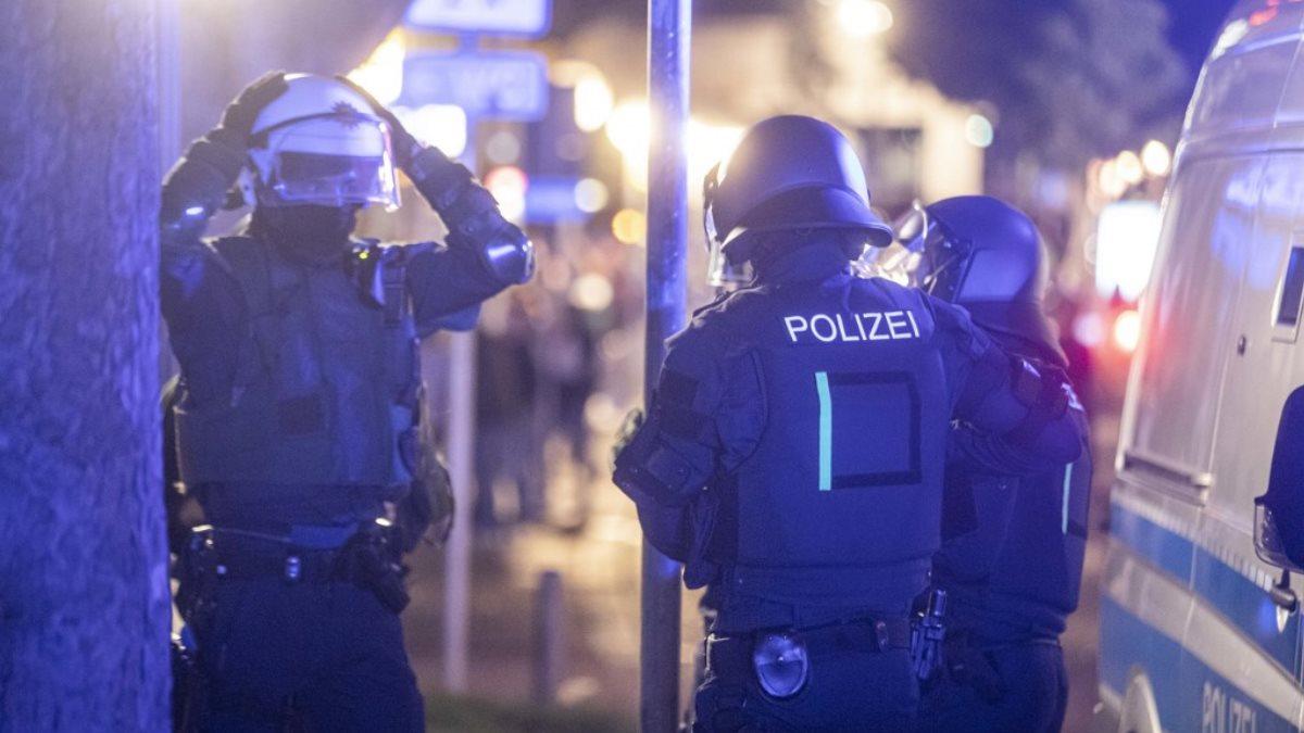 Германия полиция протесты беспорядки