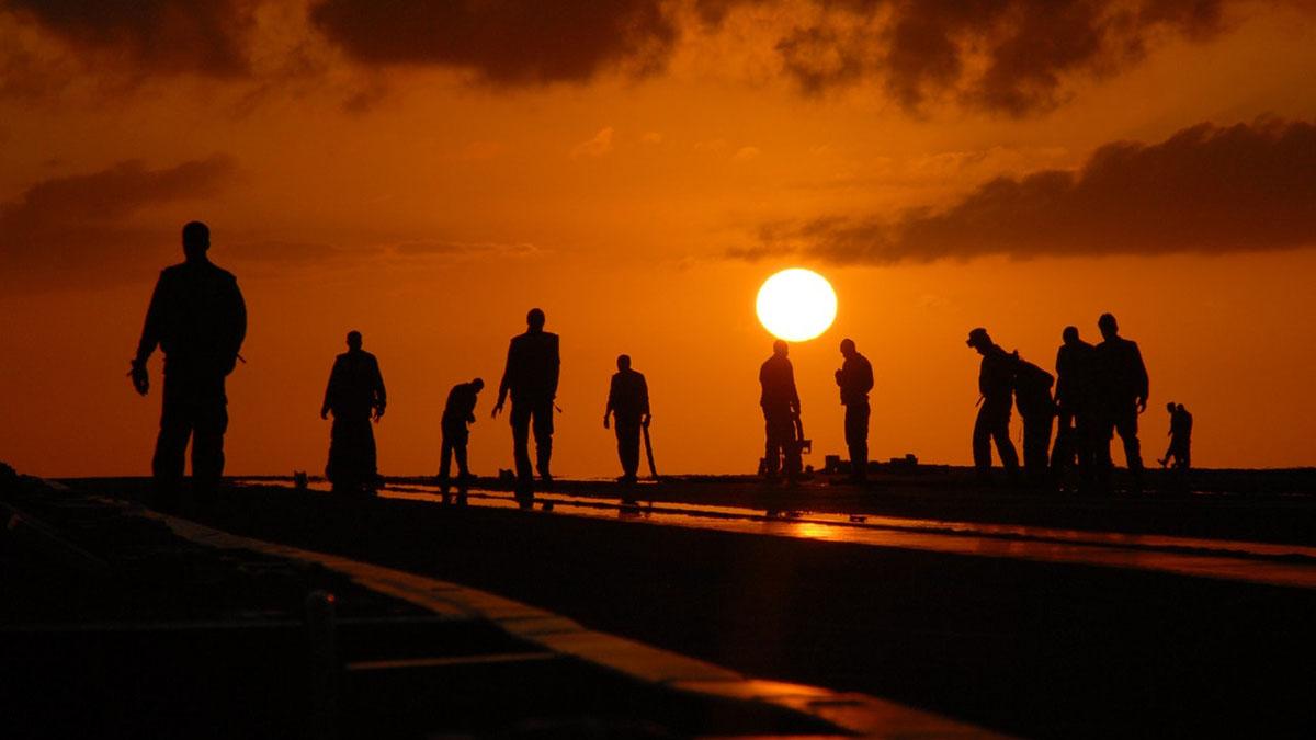 Рабочие Люди Закат Восход Рассвет