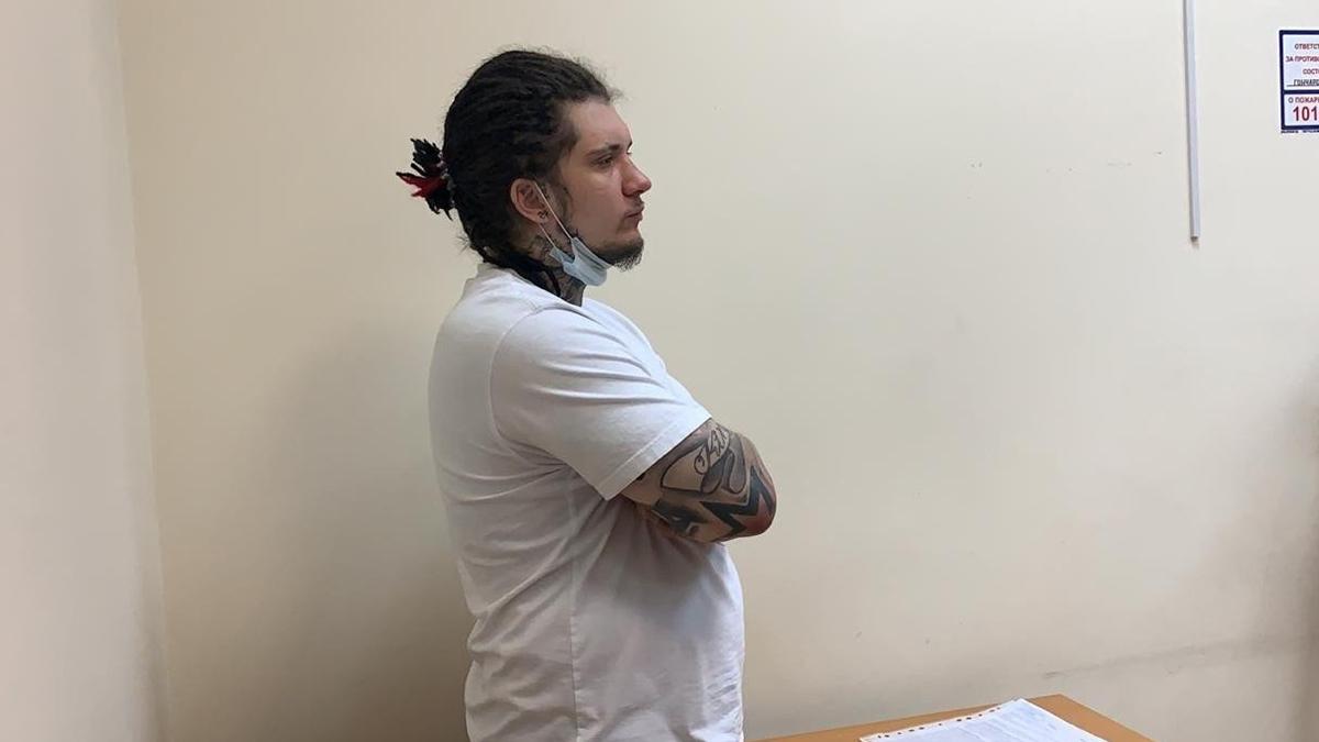 Игорь Ишаев, устроивший в пьяном виде ДТП в центре Москвы, в Пресненском суде