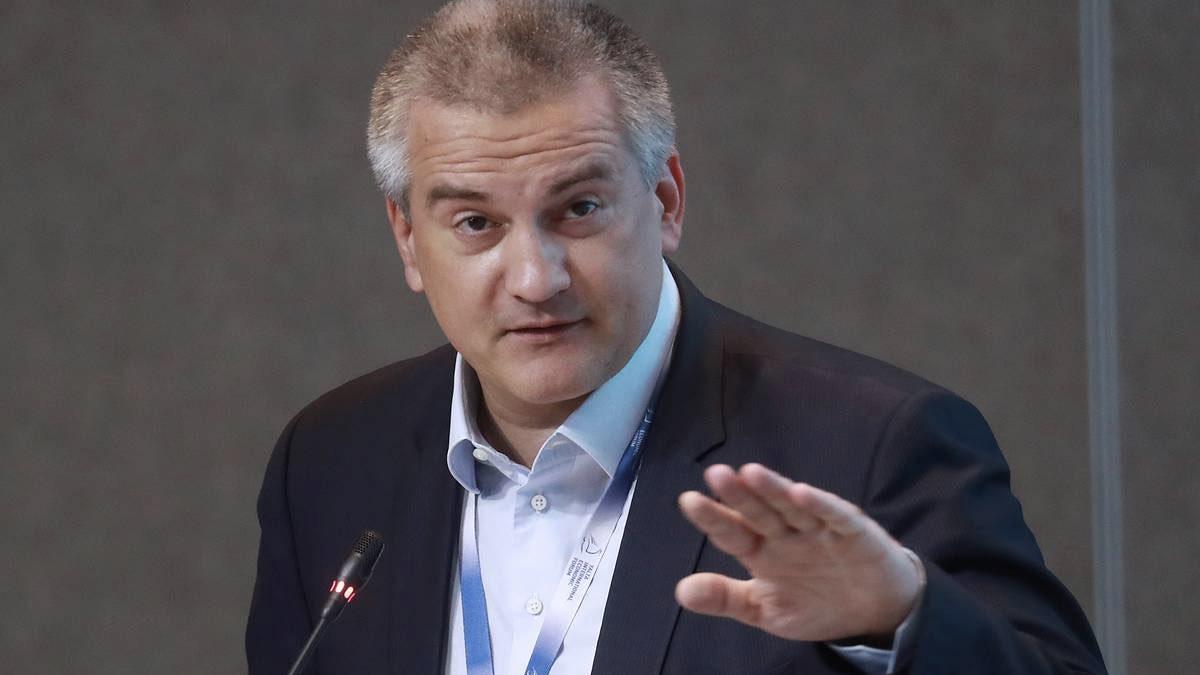"""Аксенов высказался о """"трех китах"""" Украины по возвращению Крыма"""