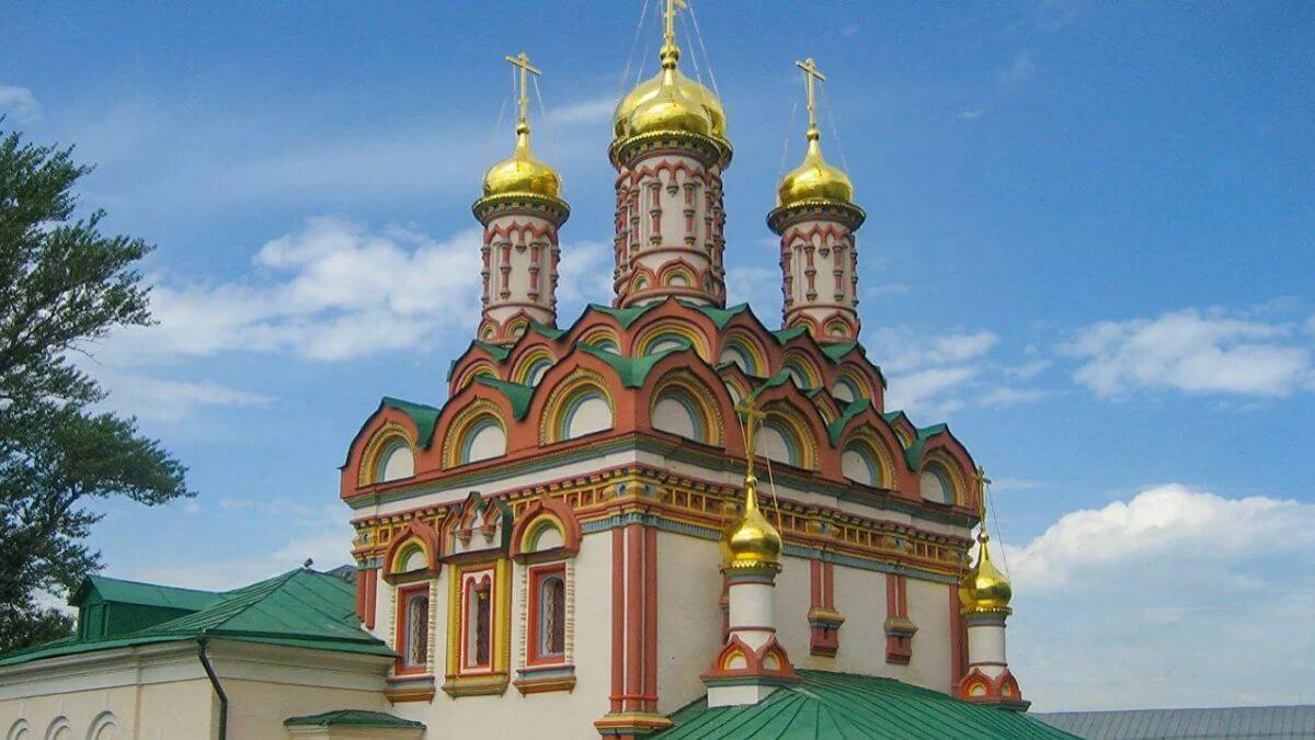 Храм Святителя Николая Чудотворца на Бересеневке в Москве