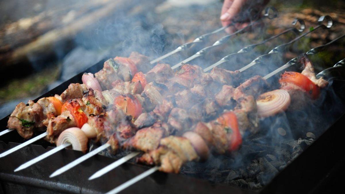 Шашлык мясо мангал