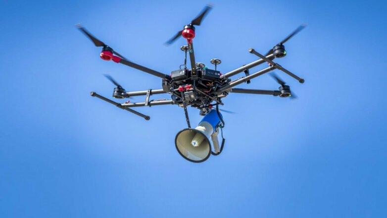 Коронавирус дрон беспилотник с громкоговорителем
