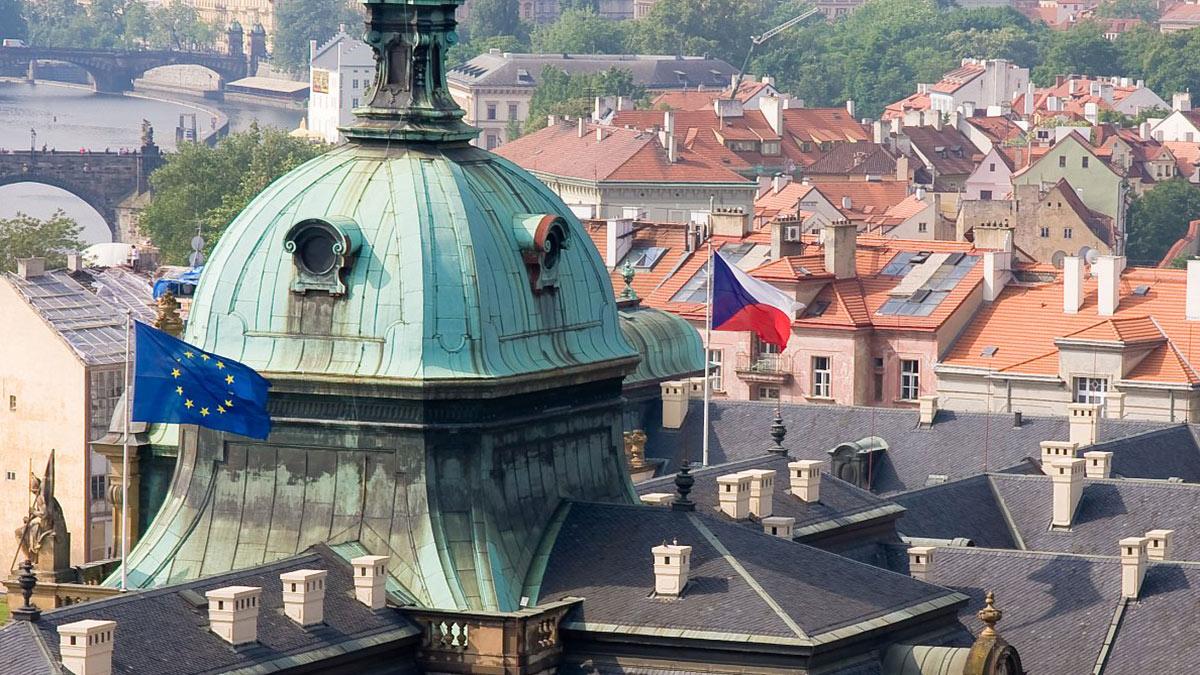 Чехия Прага Евросоюз Флаг