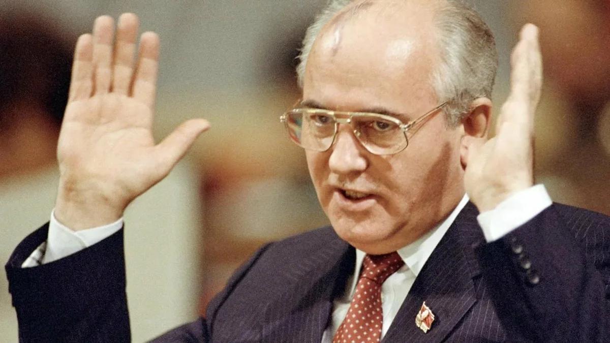 Михаил Горбачев, генеральный секретарь КПСС