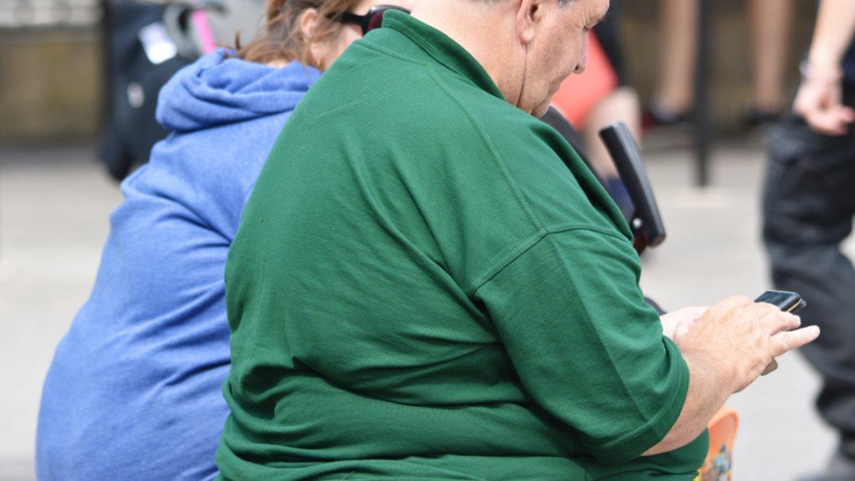 Ожирение пожилой пенсионер