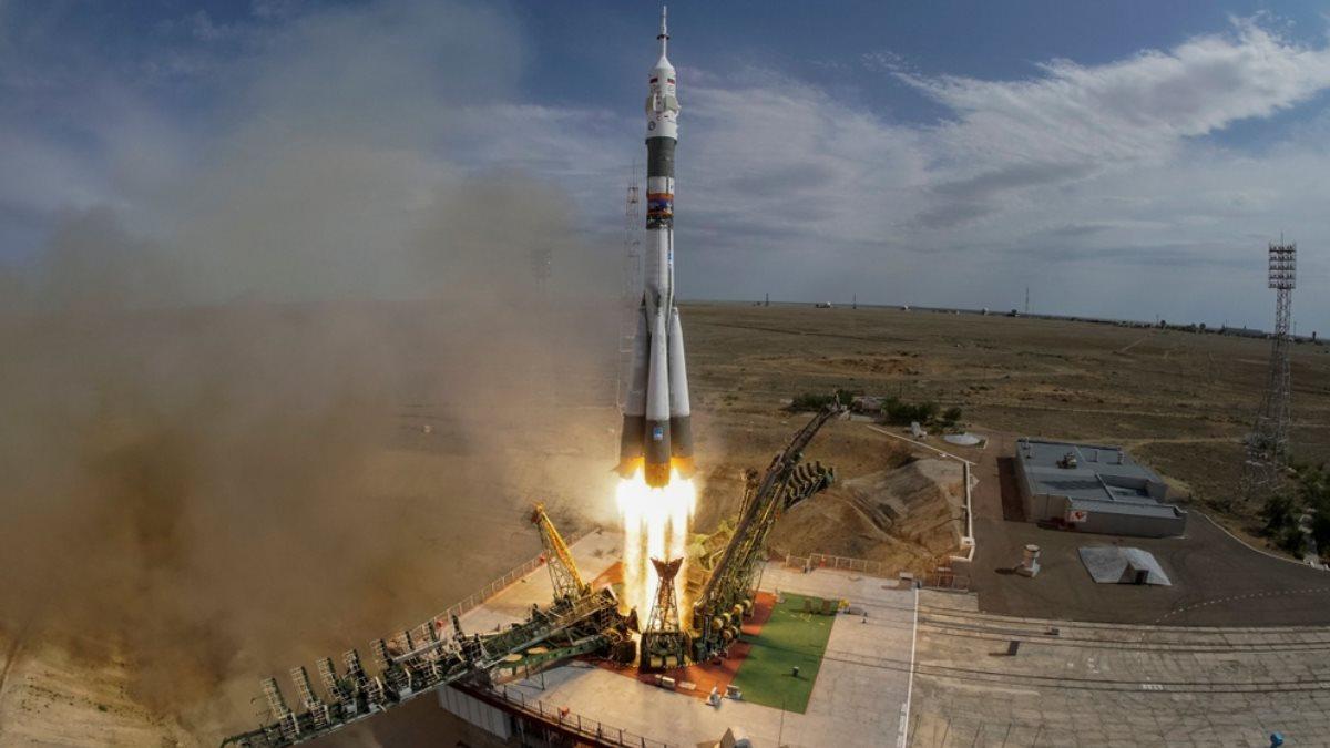 Ракета-носитель Союз космодром Байконур