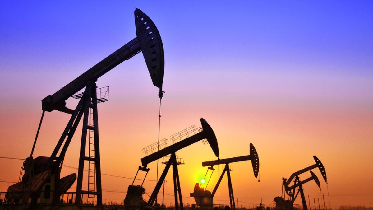 Нефть добыча месторождение нефтяная вышка утро