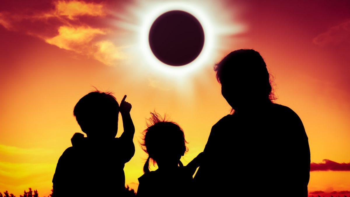Солнечное затмение наблюдать