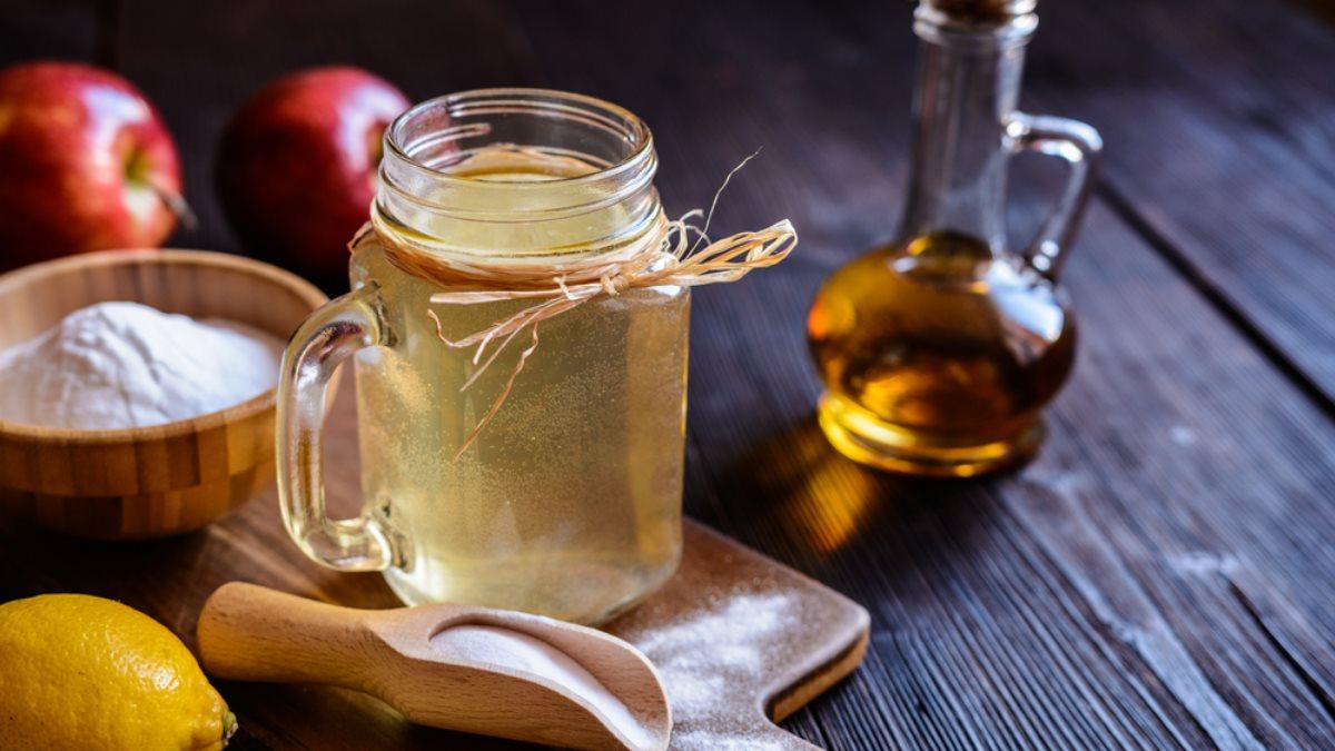 Пищевая сода и яблочный уксус