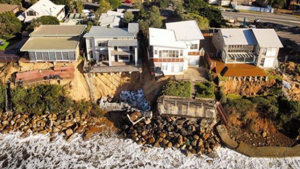 Дорогие особняки в Австралии начали сваливаться в океан
