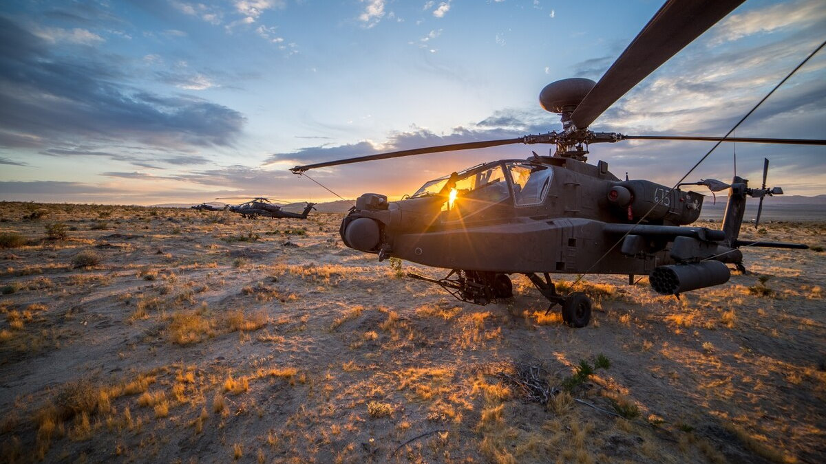 США атакующий вертолёт AH-64 Apache