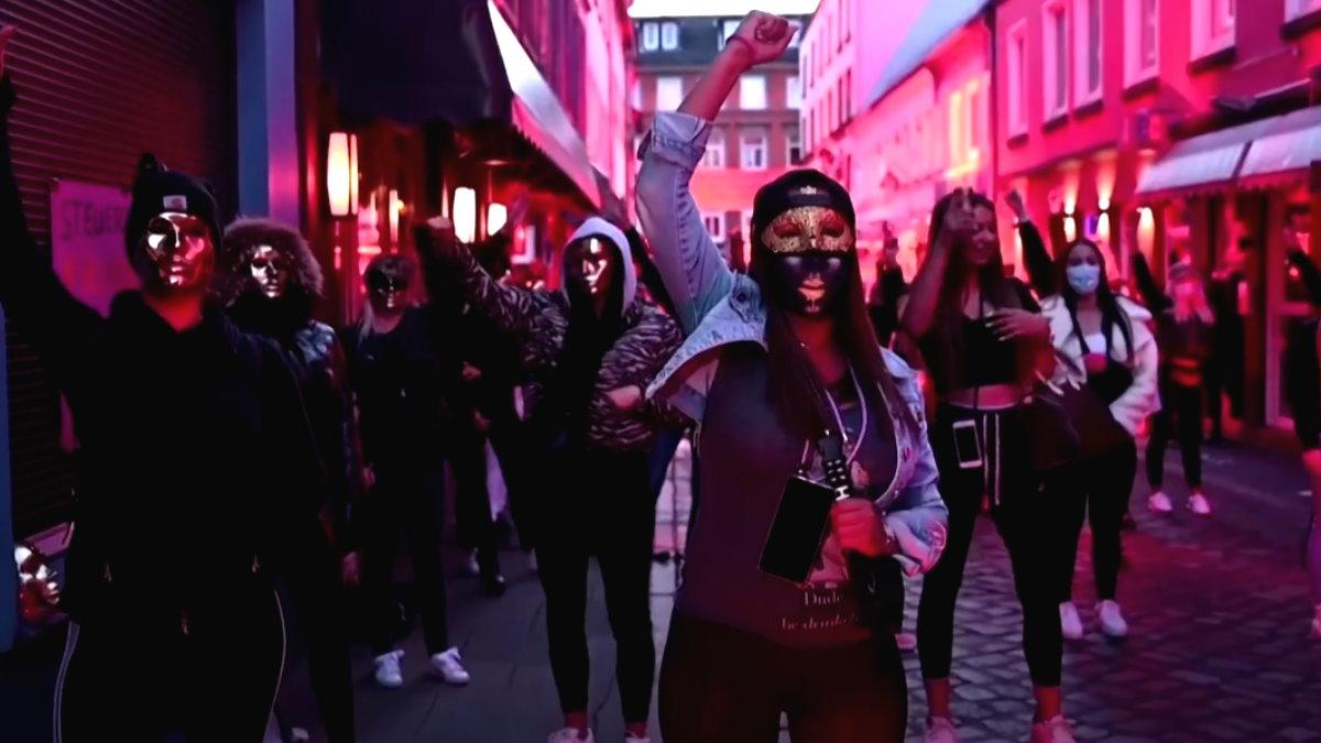 Проститутки Германии вышли на улицы Гамбурга в знак протеста
