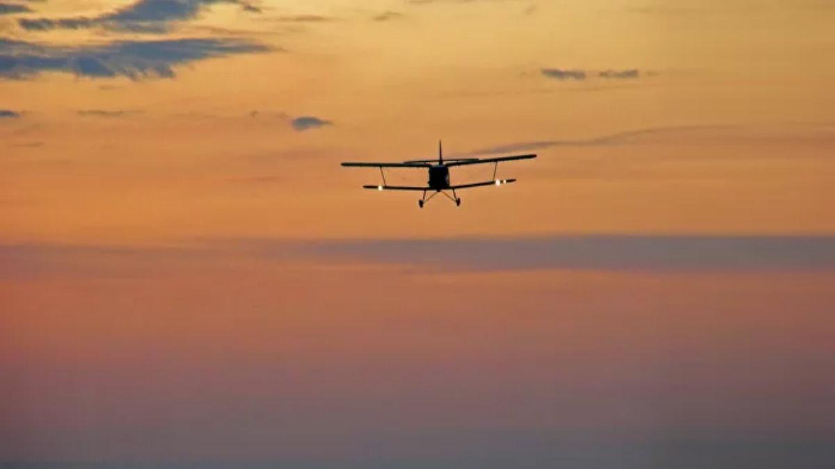 Самолёт Ан-2 закат