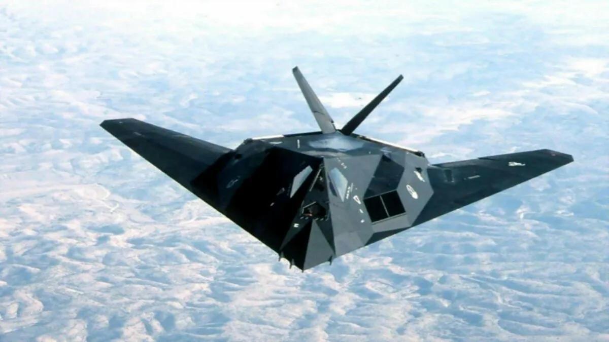 самолет-невидимка F-117 Nighthawk США