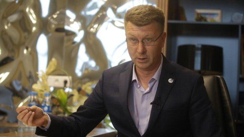 директор приморского океанариума Сергей Логинов
