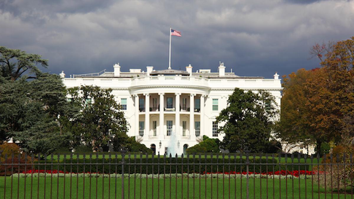 США Белый дом три