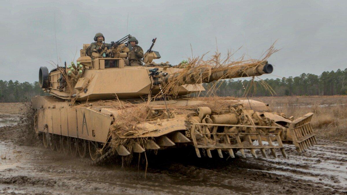 Танк М1 Абрамс в составе 2-го танкового батальона 2-й дивизии морской пехоты США